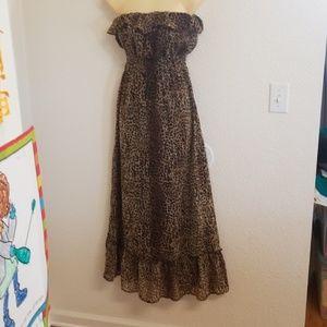 Gorgeous leopard maxi dress strapless